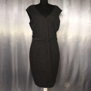 Banana Republic womens sleeveless wool dress